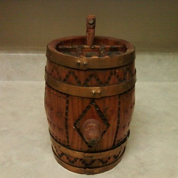 SPANISH BARREL - Folk Art