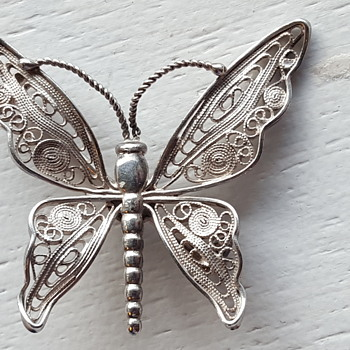 Filigree sterling butterfly brooch - Fine Jewelry
