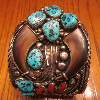 Navajo Signed Sterling Bear Claw Men's Bracelet - Fine Jewelry