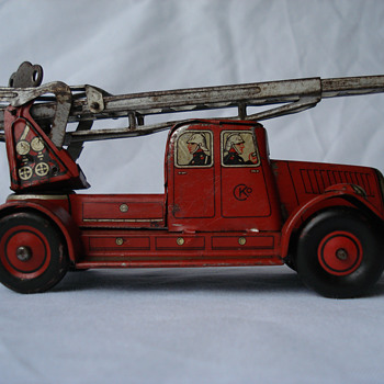 Pre War Windup CKO Kellermann  (K-350) Lithographed Tin Firetruck  - Firefighting
