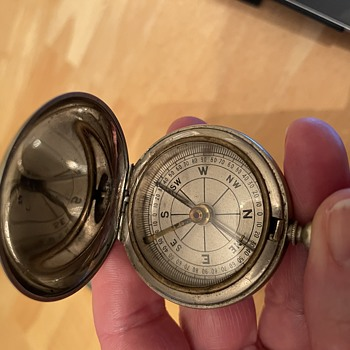 Compass: Trying to find maker and date. - Tools and Hardware