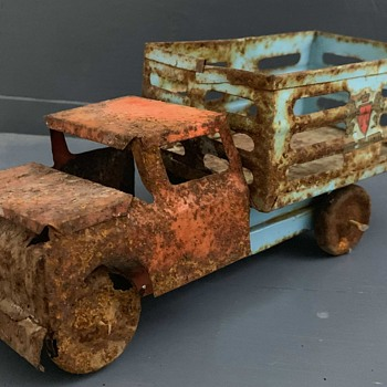 Old Toy Truck from Mexico - Model Cars