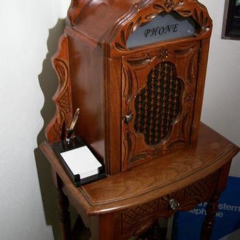 1920's Telephone table cabinet - Telephones
