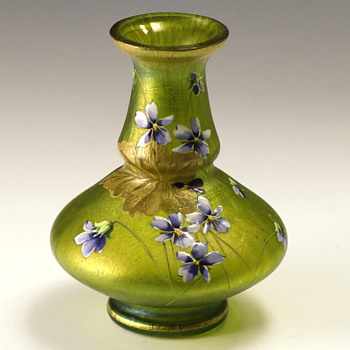 Loetz Cisele Decorated Vase. - Art Glass