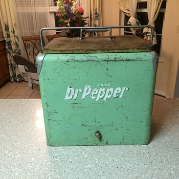 Dr Pepper cooler - Advertising