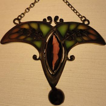 Art Nouveau Plique a Jour Enamel Pendant - Fine Jewelry