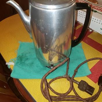 Dominion 10 cup perculator! - Kitchen