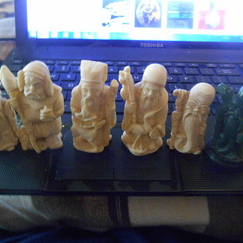 faux bone and maybe one jade chinese figurines - Asian