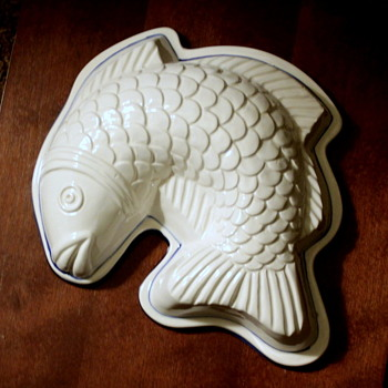 White and Blue Ceramic Fish Japan - Kitchen