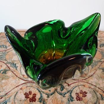 Chribska Cats Head Vase - Art Glass