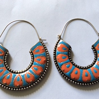 Unusual earrings - Costume Jewelry