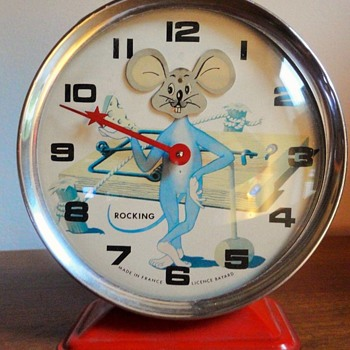 """Rockin"" Rat Animated Alarm Clock - Clocks"