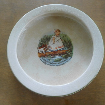 Edwin Knowles Baby Bunting Dish  with Poem  - 1910?  or ? - Pottery