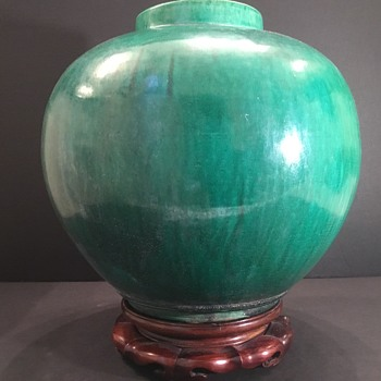 Chinese or Japanese pottery? What is it ? - Asian
