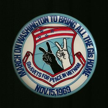 Vietnam Nov.15,1969 GIs & Vets for Peace pinback button