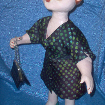 ANNA MARIE - I make her a new/old dress - Dolls