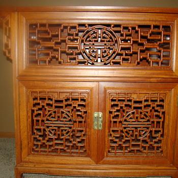 Antique Chinese Rosewood Furniture - Furniture