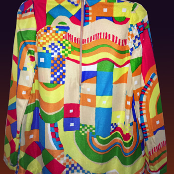 Vintage late 60s-70s Psychedelic Mock Turtleneck blouse. - Womens Clothing