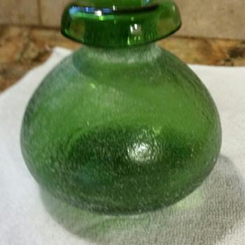 Small hand blown vase - Art Glass