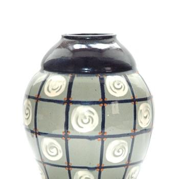 art deco vase with geometrical pattern by LEON ELCHINGER - Art Deco