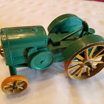 "John Deere Model ""D"" Kansas Toy and Novelty Co"