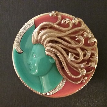 Kramer Medusa brooch, Mythology series - Costume Jewelry