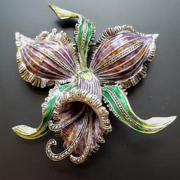 Huge vintage iris brooch, silver, enamel and marcasites brooch. - Fine Jewelry