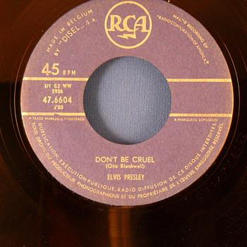 Elvis Presley - Hound dog/ Dont be Cruel (Belgium, blue RCA label)