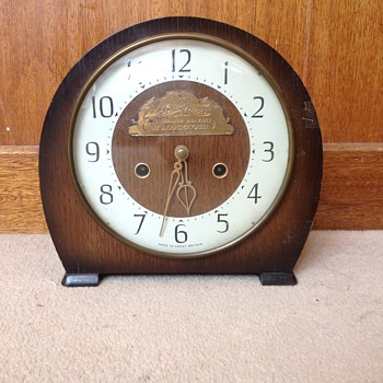 Vintage 1964 British Smiths mantle clock.