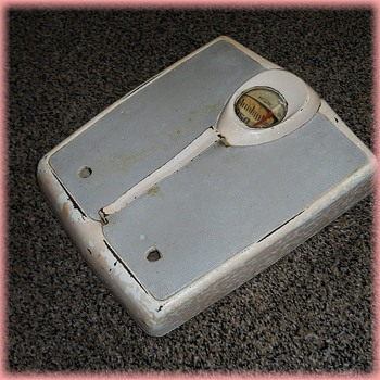 Vintage - 1950's TECO BATHROOM SCALE  - Tools and Hardware