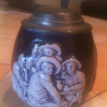 cobalt blue and white german Stein 1919