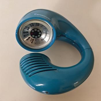 Panasonic Model R-72 radio. - Radios