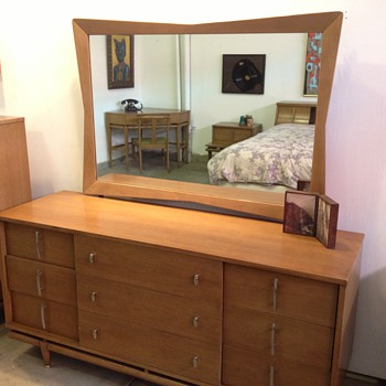 Mid Century Modern Kent Coffey  The Sequence  7 Piece Bedroom Set    Collectors Weekly. Amazing  Mid Century Modern Kent Coffey  The Sequence  7 Piece