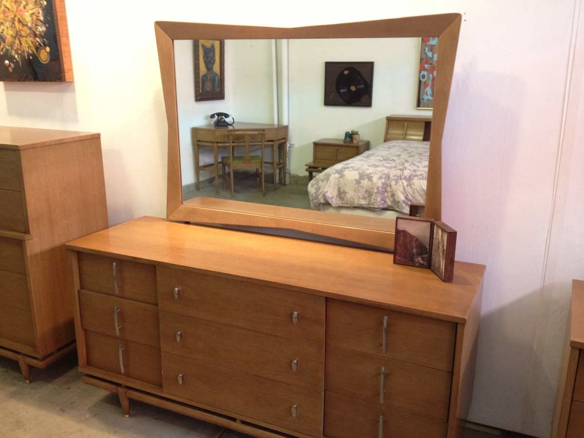 Amazing mid century modern kent coffey the sequence 7 - Midcentury modern bedroom furniture ...