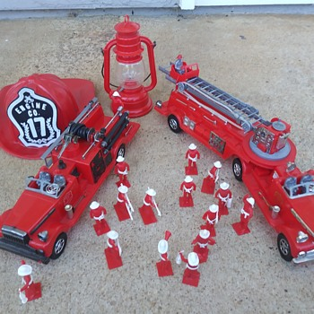 "Deluxe Reading ""The Chief"" Fire Dept. Playset. Pt.1 - Toys"