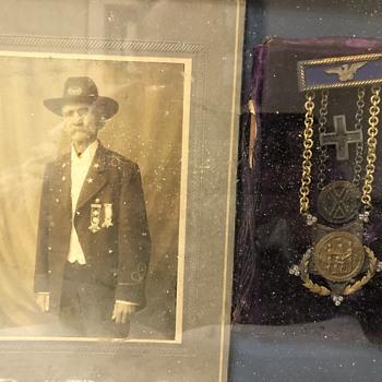 Civil War GAR Medal - Medals Pins and Badges