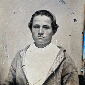 Is This a Civil War soldier? - Photographs