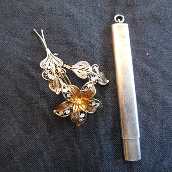 Antique 900 Silver Filigree Flower Brooch And Lady's Sterling Cased Dance Card Or Carpenter's Pencil Pendant  - Fine Jewelry
