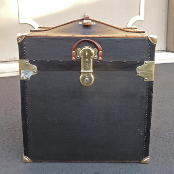 Innovation Trunk Co. Canvas Covered Hat/Bonnet Trunk #1 - Furniture