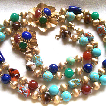Vintage Napier Art Glass Bracelet and Necklace w/fancy Clasp. - Costume Jewelry