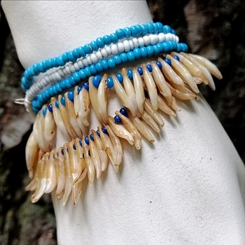 Unknown tooth bracelet - Costume Jewelry