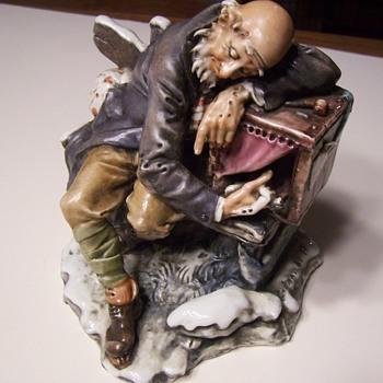 CREAZIONI CEDRASCHI OLD MAN WITH PUPPET CAPODIMONTE FIGURINE - Figurines