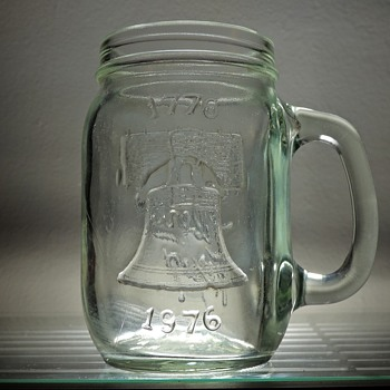 1976 Jack in the Box Bicentennial Liberty Bell Drinking Mug Jar Glass Embossed Vintage - Glassware