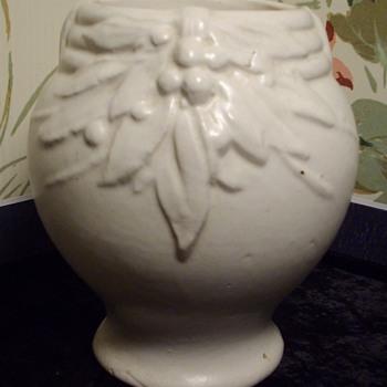 White salt glaze art pottery vase? - Pottery