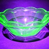 FEDERAL GLASS -- Small Bowl ( Glows )