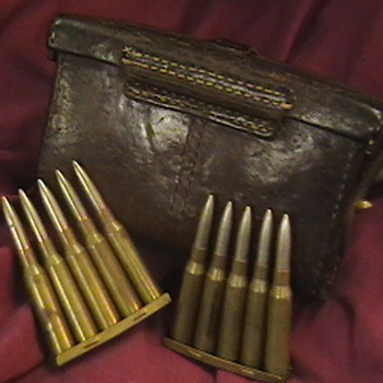 Original WW II Japanese Ammo Pouch - Military and Wartime
