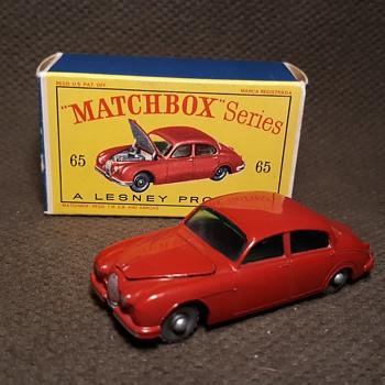 More Mainly Mini Matchbox Monday MB-65 Jaguar 3.4 Litre 1962-64 With D Box - Model Cars
