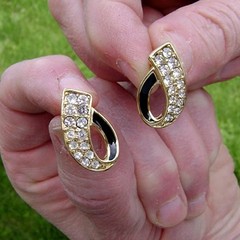 Crown Trifari Enamel and Rhinestone Earrings