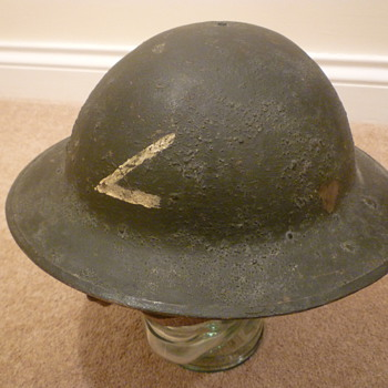 Unknown British WWI steel helmet.