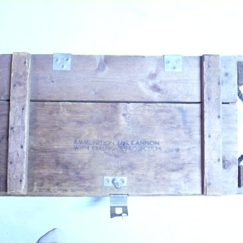 wooden ammo crate - Military and Wartime